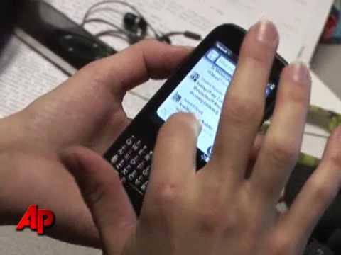 Tech Test: $100 Palm Pixi Is Stylish, Sluggish
