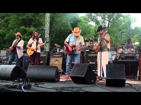 Dickey Betts and Great Southern - Blue Sky (partial)