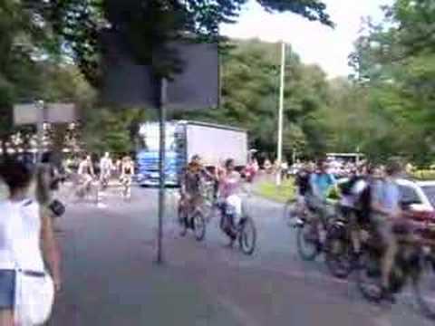 So auch beim legendären Fahrrad Flashmob