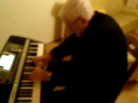 Ramaz Chkhikvadze ukravs pianinoze