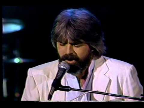 Michael McDonald  I Keep Forgettin 1982