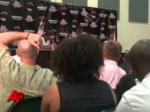 Wade, LeBron, Bosh Show Teamwork on Media Day