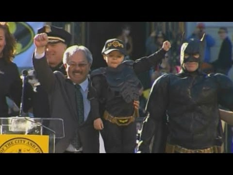 Batkid: Boy Who Battled Cancer Becomes Superhero For The Day And Gets A Mention From Obama video