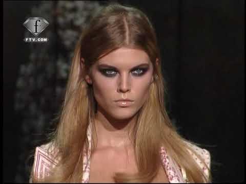 fashiontv | FTV.com - ROBERTO CAVALLI - Collection Donna Primavera Estate 2009