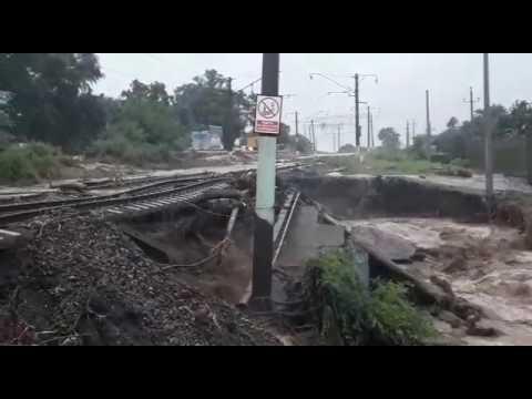 Из-за ливневых дождей подмыт участок Трансиба в Приморье. 2