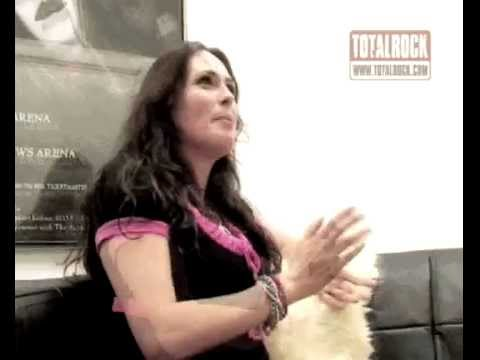 Within Temptation (Sophie k meets the sexy Sharon Den Adel) Total Rock Radio