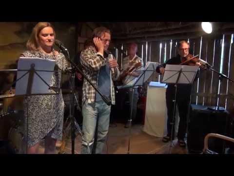 HICKA - Vem är jag (Live 2014)