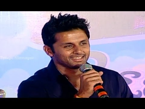 To Nithin / Nitin Jokes On Nitya Menon - Gunde Jaari Gallanthayyinde
