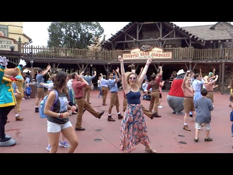 Episode 129: Our September 2014 Walt Disney World Vacation Vlog Day 1 part 2