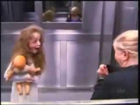Розыгрыш в лифте   девочка призрак