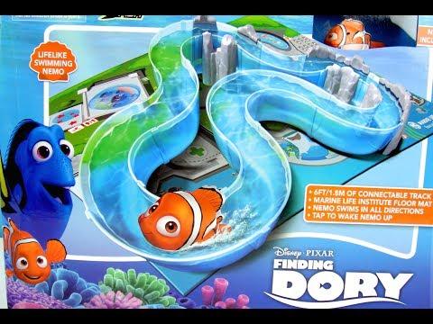 玩 海底總動員 多莉去哪兒小醜魚 Nemo 自動魚 水道遊水 遊戲組 海底世界 海洋公園  玩具開箱