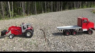 Rc truck 6x6 PULLING a rc tractor.