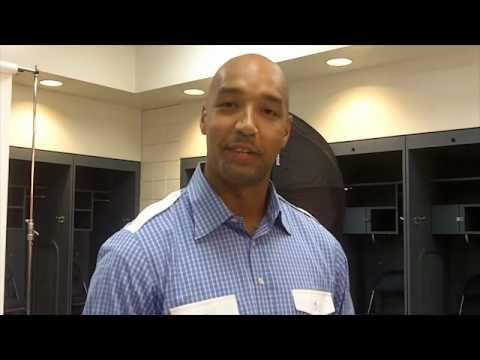 Drew Gooden's First Milwaukee Bucks Photoshoot