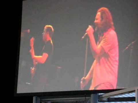 Ted Leo and the Pharmacists Search And Destroy (Iggy Pop) (w/ Eddie Vedder and Mike McCready)