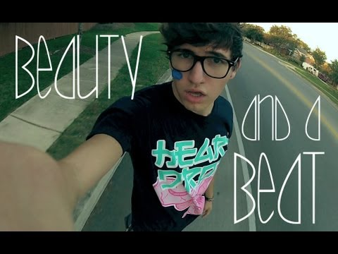Beauty and A Beat - Justin Bieber Ft Nicki Minaj M...