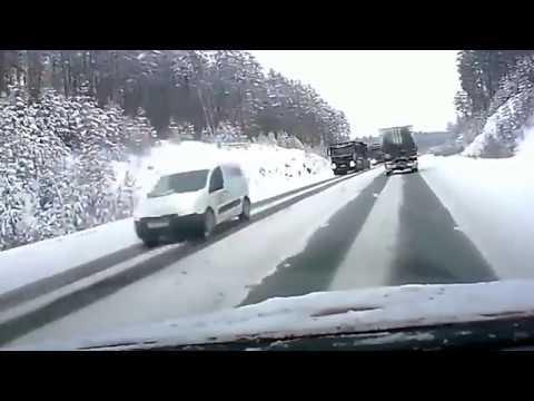 Ruskie drogi odc. 33 (RUSSIAN ROADS) czyli idioci za kierownicą debile na drodze 2017 [Mr Julia]