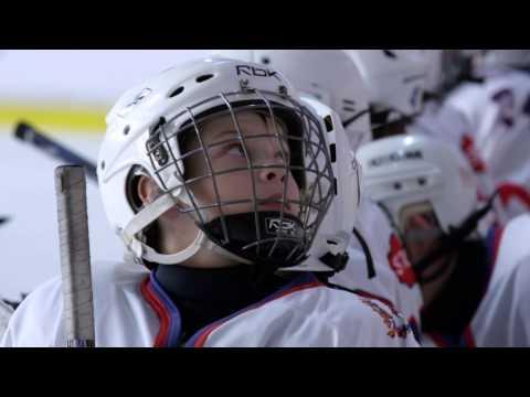 Необычный флешмоб на хоккейном турнире в Питере