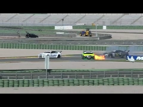 CHRYSLER 300C SRT8 (almost burn)