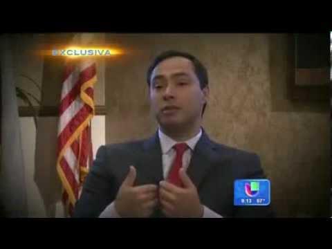 Profile Joaquin and Julian Castro: Despierta America Univision