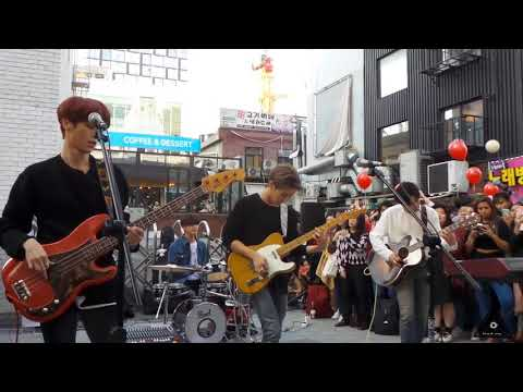 Download 180928 - The rose busking in Hongdae - California Mp4 baru
