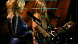 Watch Melissa Etheridge Mama Im Strange video