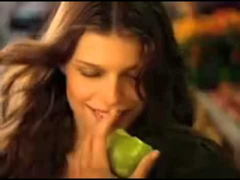 DKNY Be Delicious Fresh Blossom Reklamı