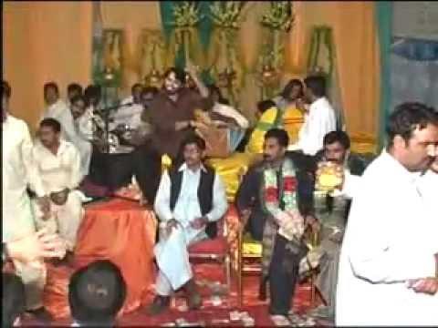 Vilayat Ali Nadeem Abas Kala Mera Gajra video