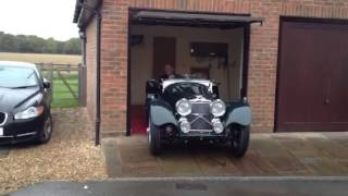 Jaguar SS100 starting up