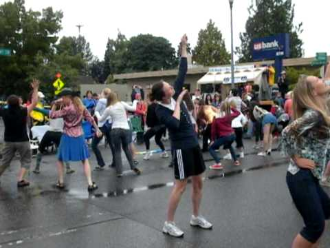 2011 Strawberry Festival Flash Mob - Vashon