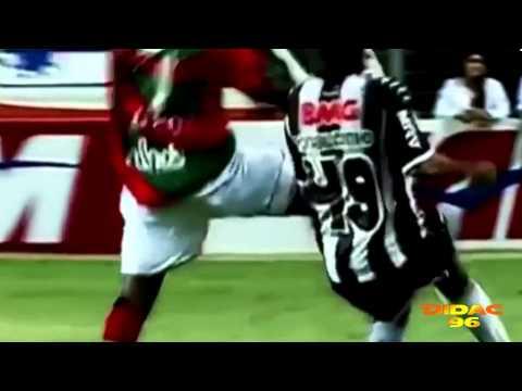 Ronaldinho Freestyle | Mago del Balón | Atletico Mineiro | HD 2013