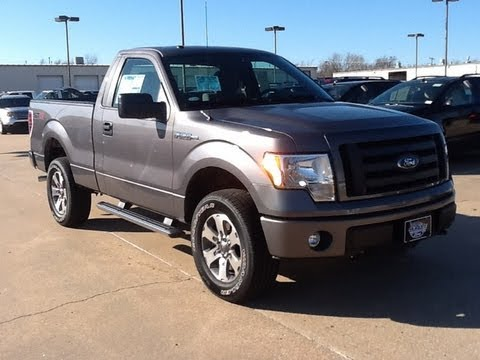 2012 Ford F-150 5.0L V8 Review. Walk Around. Start Up & Rev. Test Drive