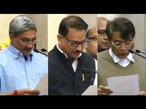 Modi cabinet expansion: Manohar Parrikar, Suresh Prabhu among 21 new ministers sworn in