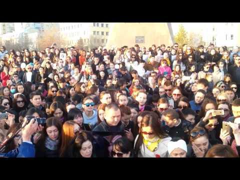 Прощание с Батырханом Шукеновым в Казахстане (Астана)