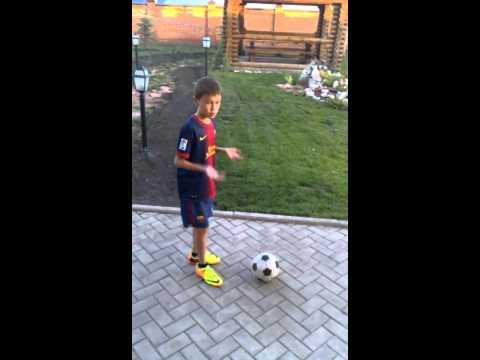 Как научиться играть в футбол в домашних