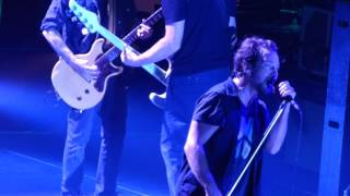 Watch Pearl Jam Rival video