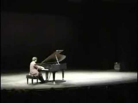 BOSWORTH PLAYS SCARLATTI SONATAS IN D MINOR AND E MAJOR