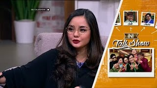 Hobby Baru Melukis Gita Sinaga yang Tidak Biasa - Ini Talk Show 18 Februari 2016
