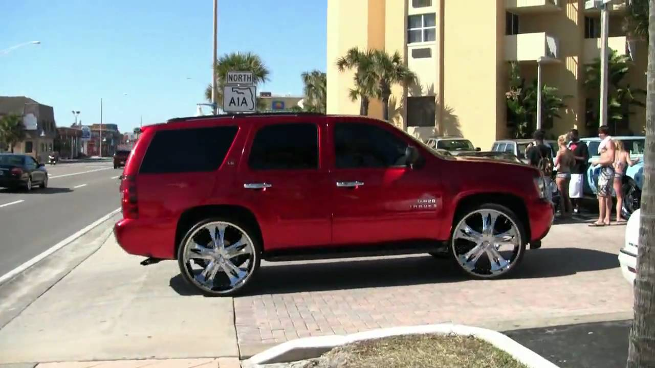 Itsdoug 28 Inch Rims On The Chevy Tahoe Youtube