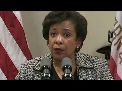 Loretta Lynch meets with Bill Clinton amid email scandal