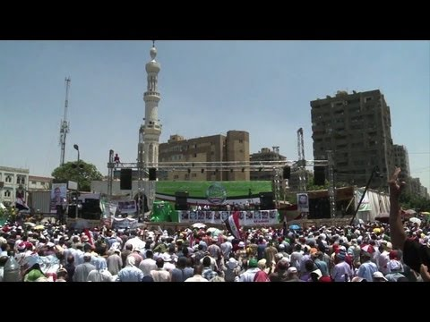 Islamist hit the streets to support President Morsi