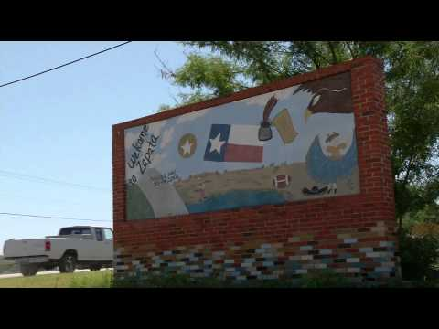 MARIACHI HIGH: This is Zapata, Texas
