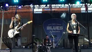 Larkin Poe Blue Ridge Mountain Memories 6 28 18 Ny State Blues Festival Syracuse Ny