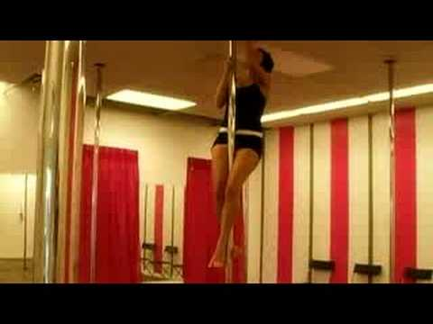 Pole Dancing for Fitness : Climbing During Pole Dancing
