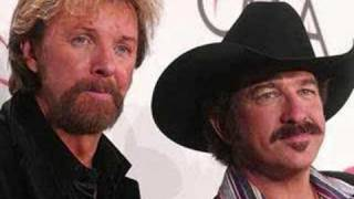 Watch Brooks  Dunn Neon Moon video