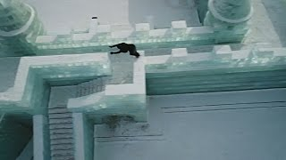Фриранер Джейсон Пол занялся паркуром среди льдов Харбина (новости)