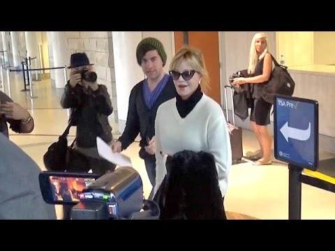 Melanie Griffith Drops F-Bomb On Paps At LAX, Arrives Hours Before Don Johnson [CENSORED]
