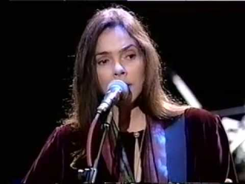 Nanci Griffith - On Grafton Street