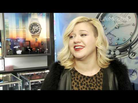 Kelly Clarkson Celebrates Citizen Watch Company Global Flagship Store Opening