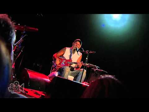 Seasick Steve - Doghouse Boogie (Live in Sydney)