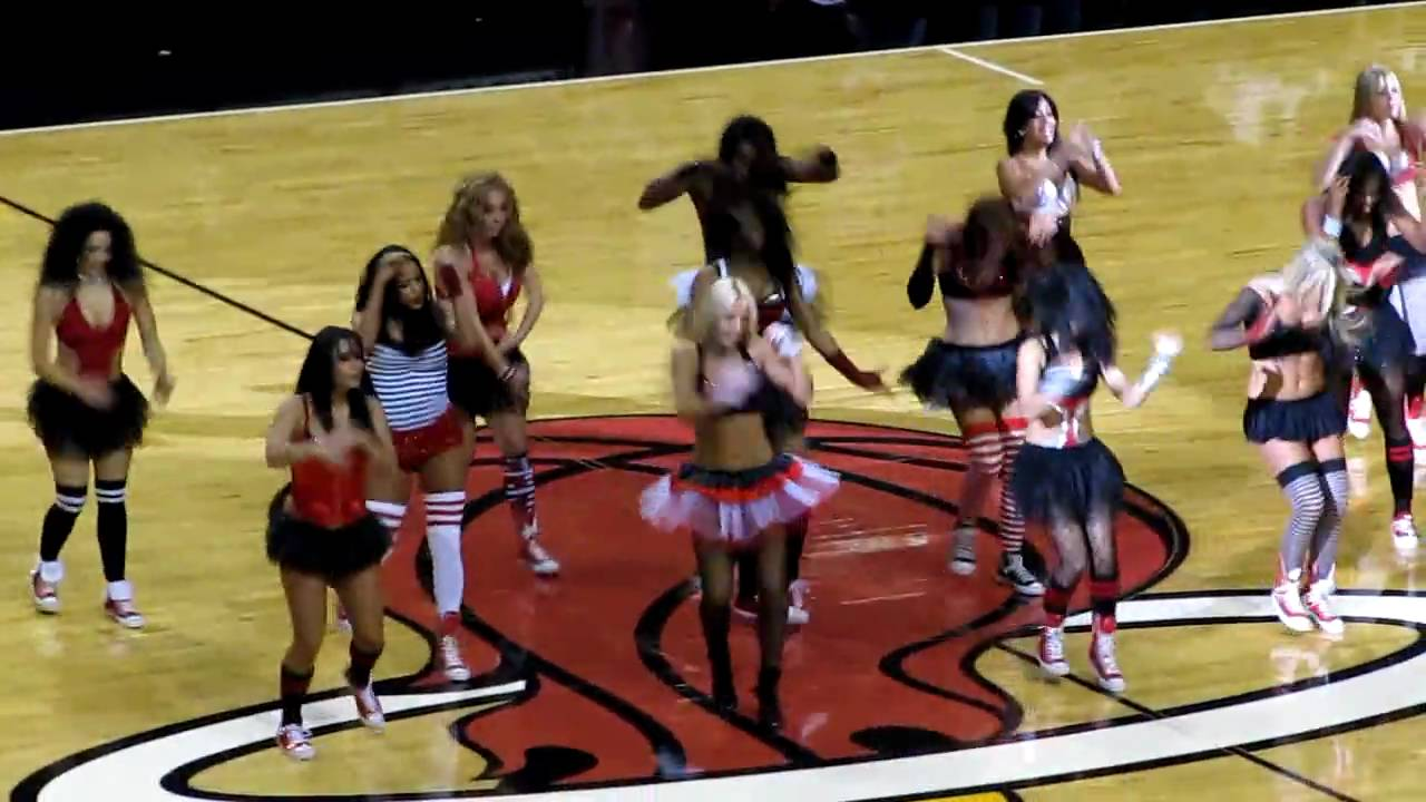 Miami Heat Dancers Miami Heat Dancers 1 23 2010